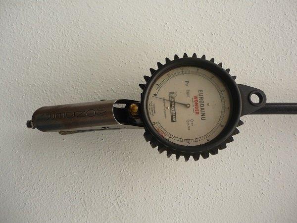 strumento per il controllo della pressione