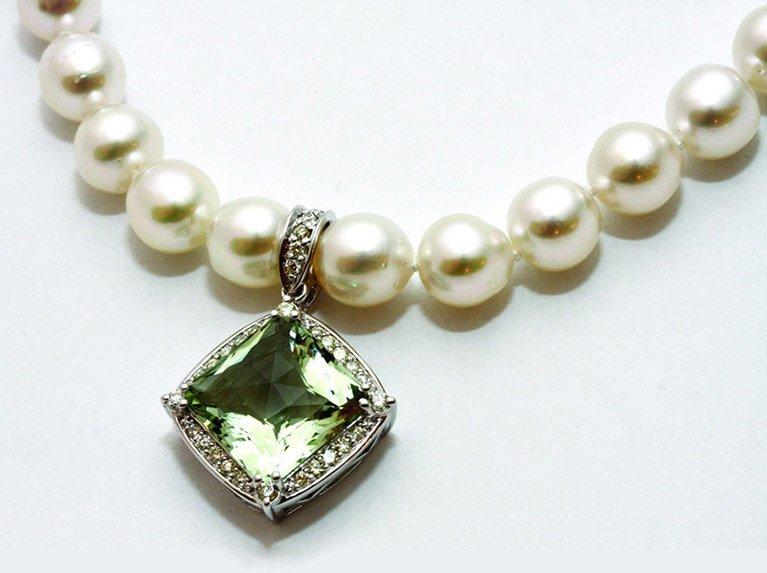 girls love pearls akoya strand white gold
