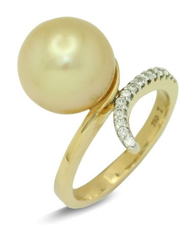 girls love pearls gold pearl diamond swept out shoulder ring