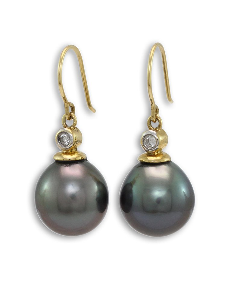 girls-love-pearls-tahitian-south-sea-rubbed-diamond-wire-hook-earrings