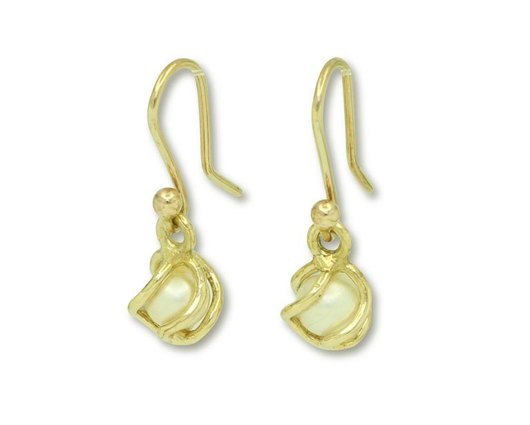 girls love pearls white fresh water pearl yellow gold medium cage hook earrings
