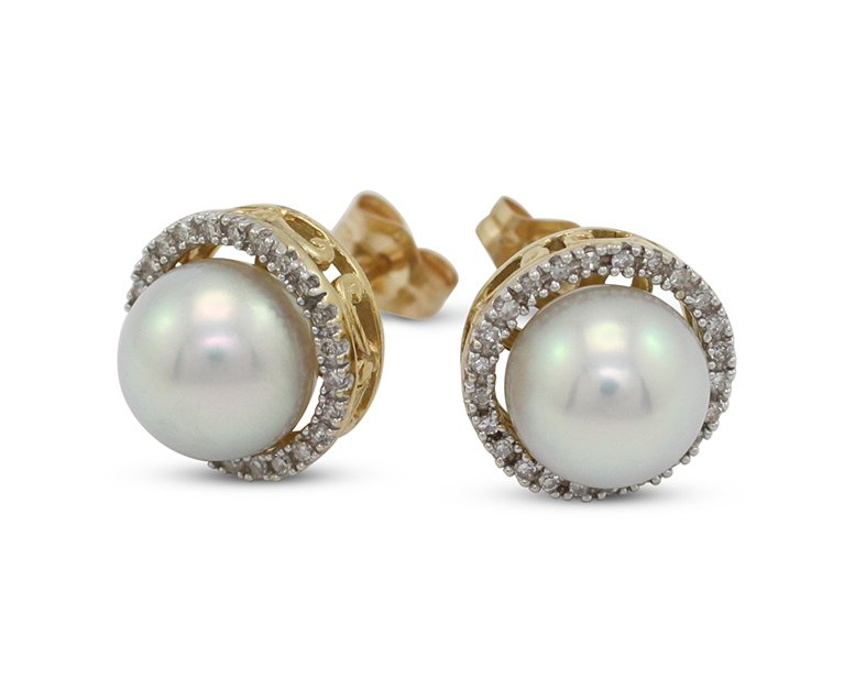 girls love pearls yellow gold akoya pearl