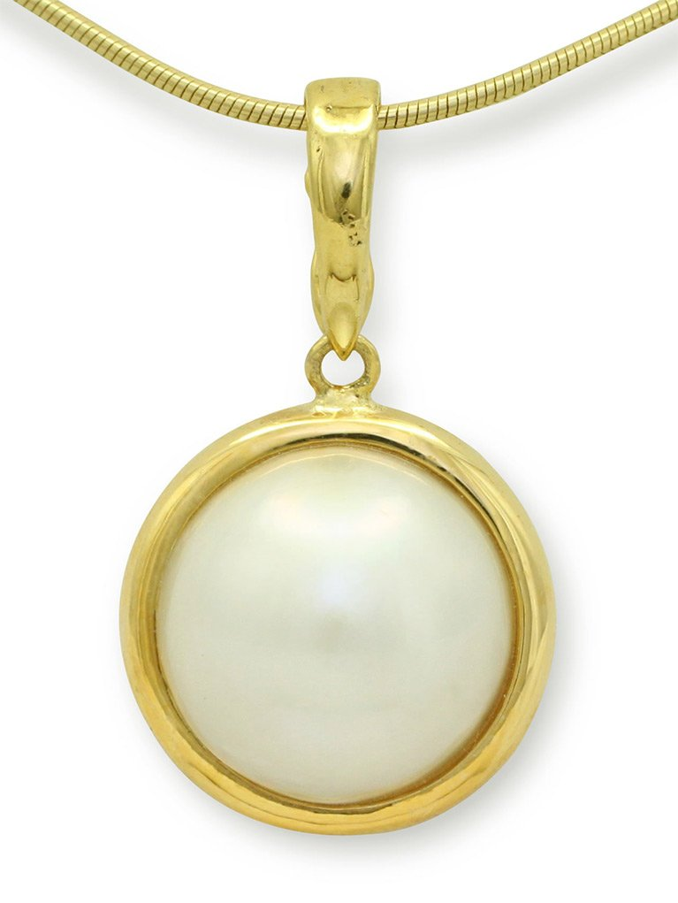 girls love pearls yellow gold round mabe pearl set enhancer