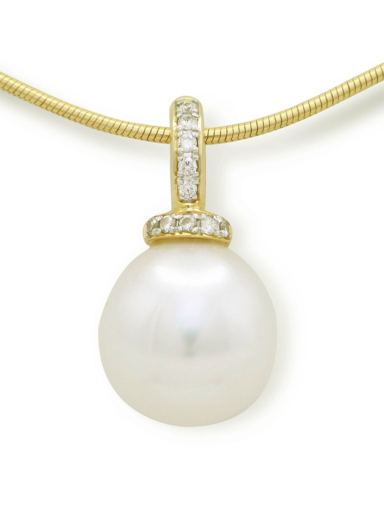 girls love pearls yellow gold south sea and diamond set enhancer