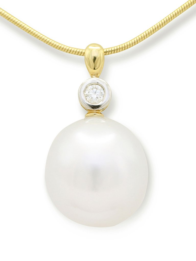 girls love pearls yellow gold south sea pearl and rubbed set diamond pendant
