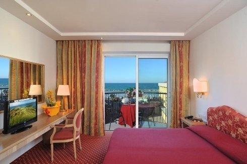 Camera da letto Hotel Bristol Bellaria