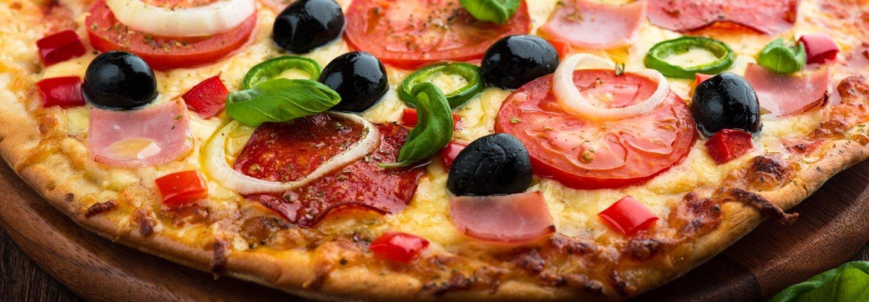 Vista da vicino di una pizza a Marmirolo