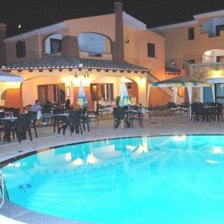 piscina, bar, ristorante