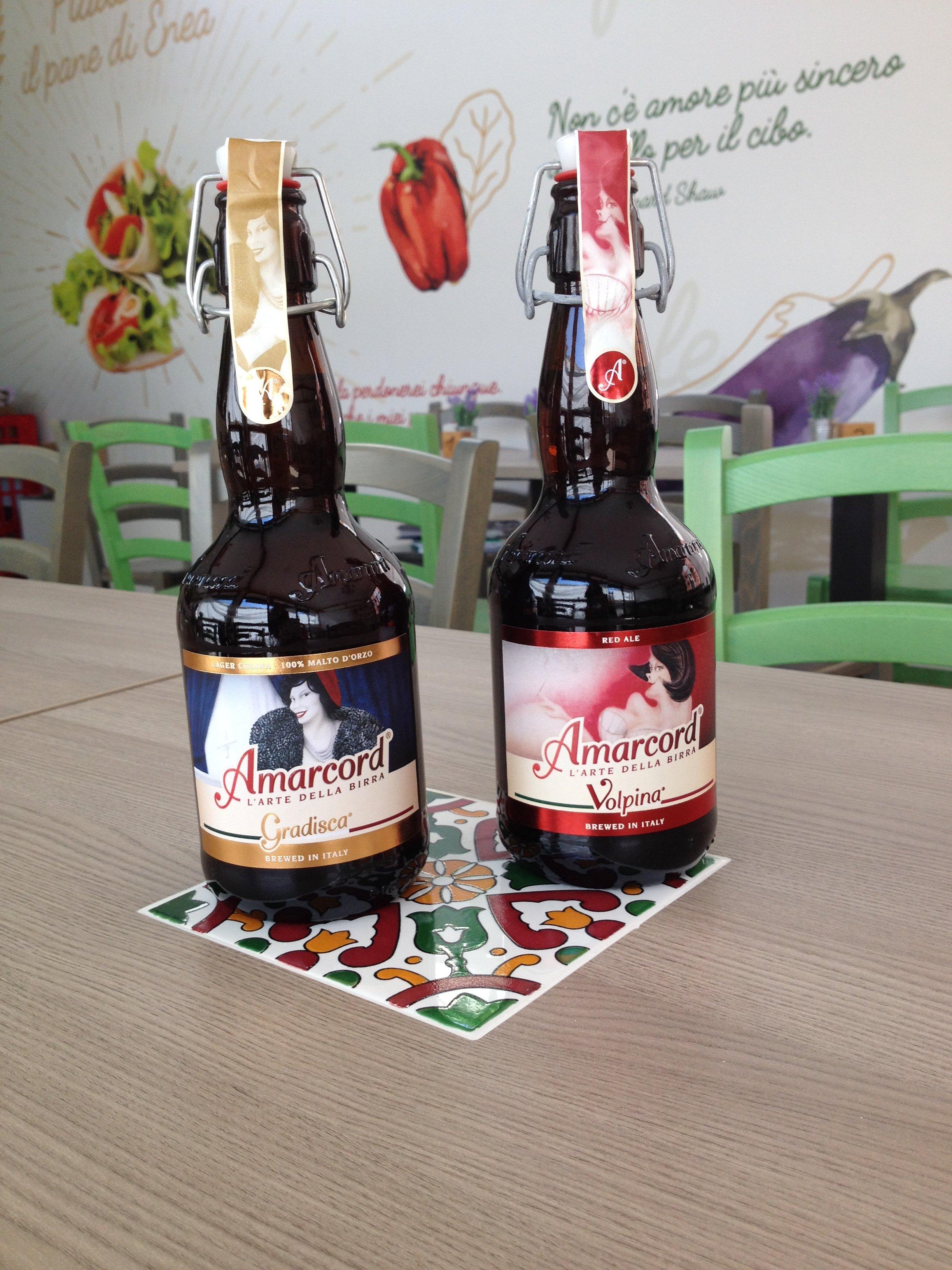 Due bottiglie di birra artigianale italiana Amarcord