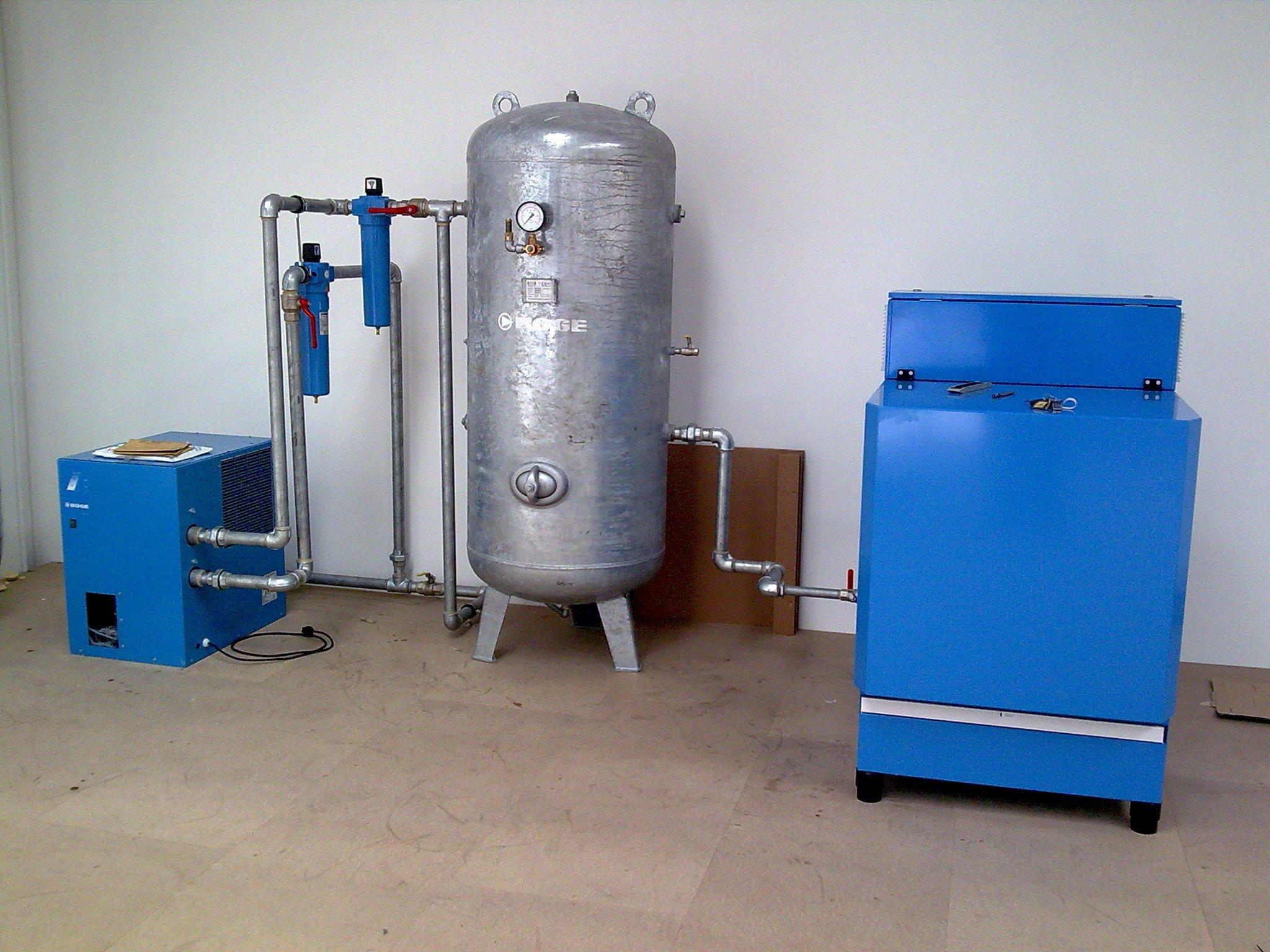 High-capacity air compressor
