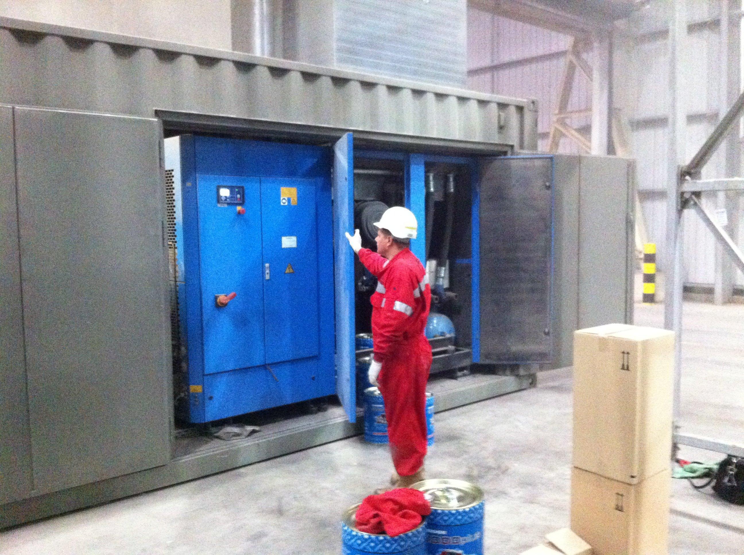 Compressor leak detection