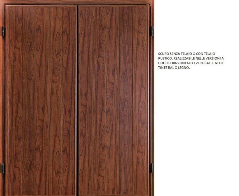 finestra persiane in legno