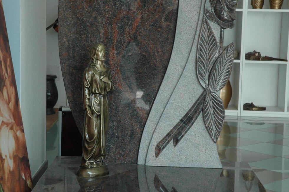 statua funeraria