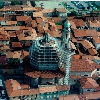 manutenzione facciate edificio religioso
