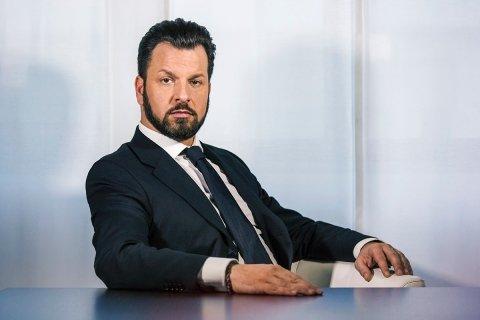 Ernesto Petrolà - detective privato