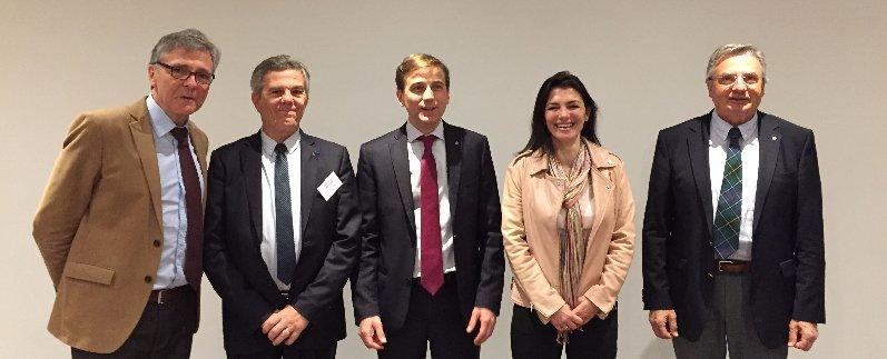 Photo intronisation de Anne-Catherine GUITARD et de Jean-Marie PONTOIS, en présence des présidents X HEYMANS, JC BACH et A Didier
