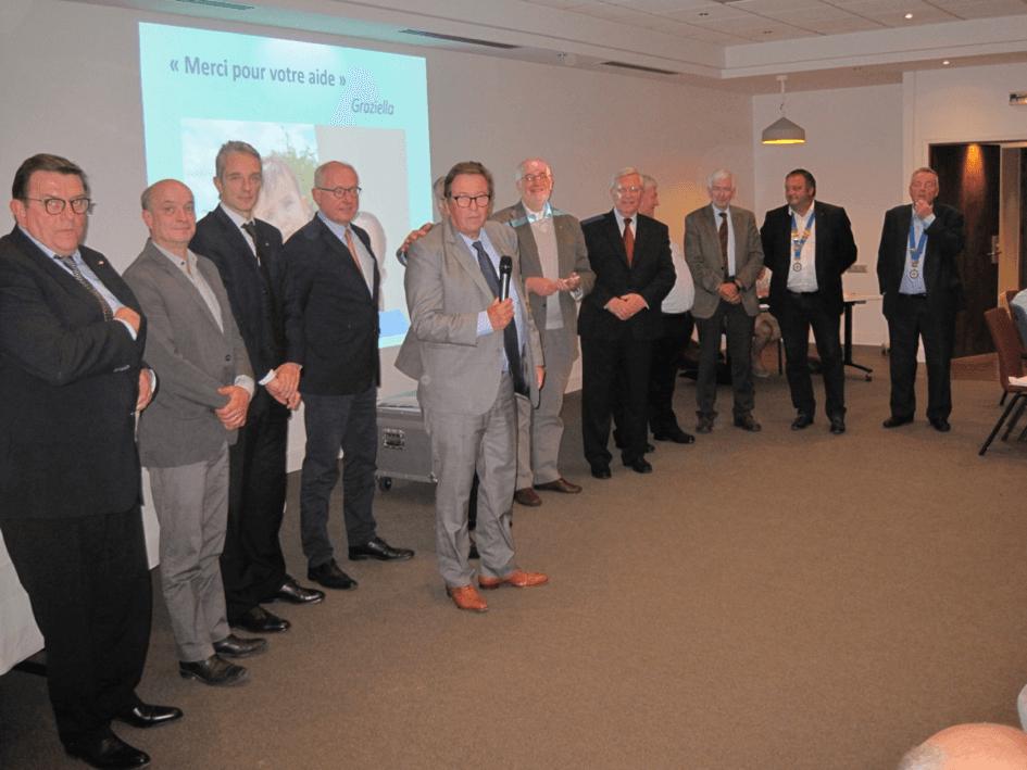 Photo remise soutien Rotary Lille Bordeaux AGIR Hem