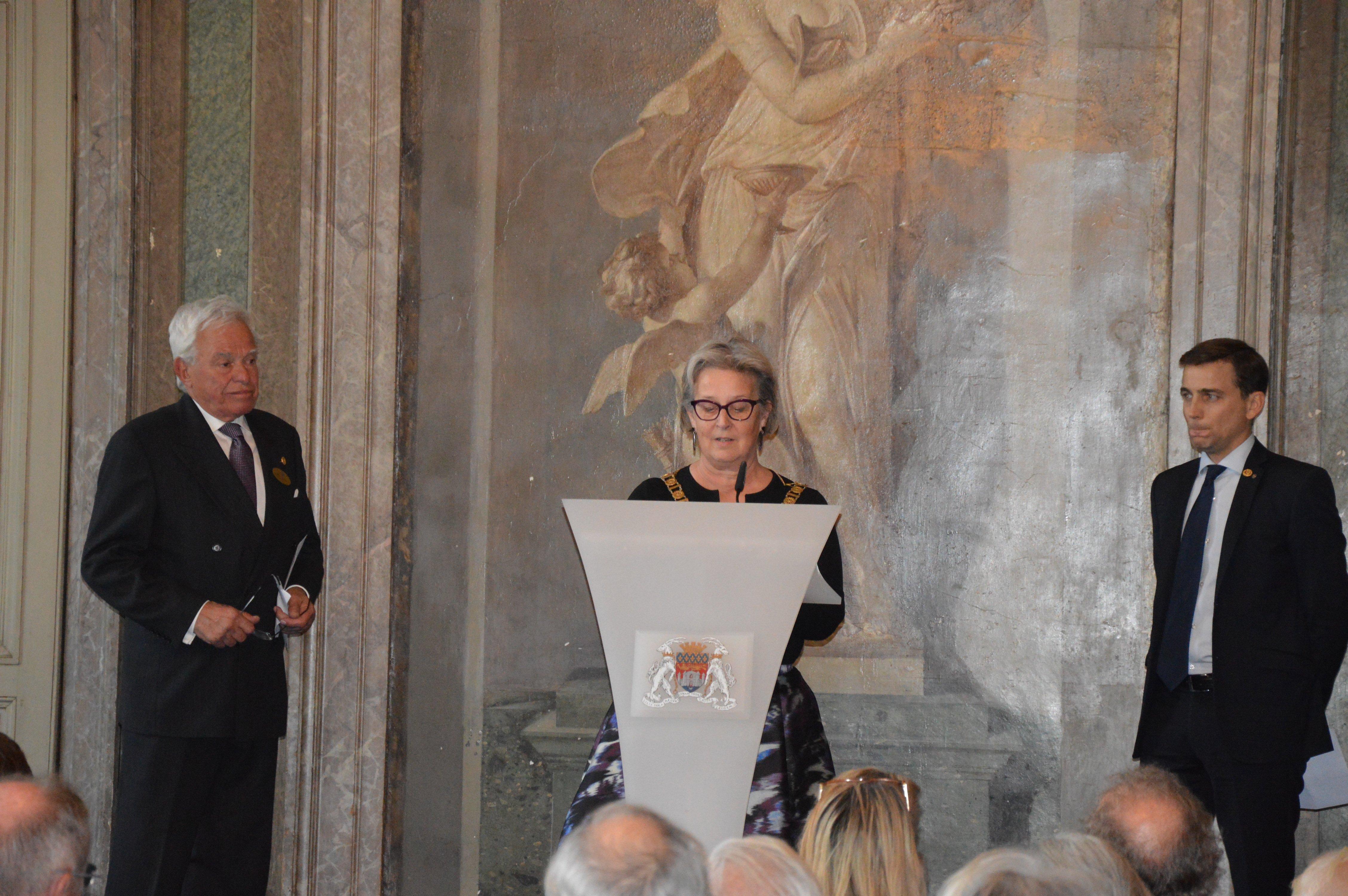 Photo, discours, clubs contact, Leigh Mitchell (RC Bristol / Royaume Uni), Hans Sachs (RC Stockholm / Suède), anniversaire 90 ans Rotary Club Bordeaux