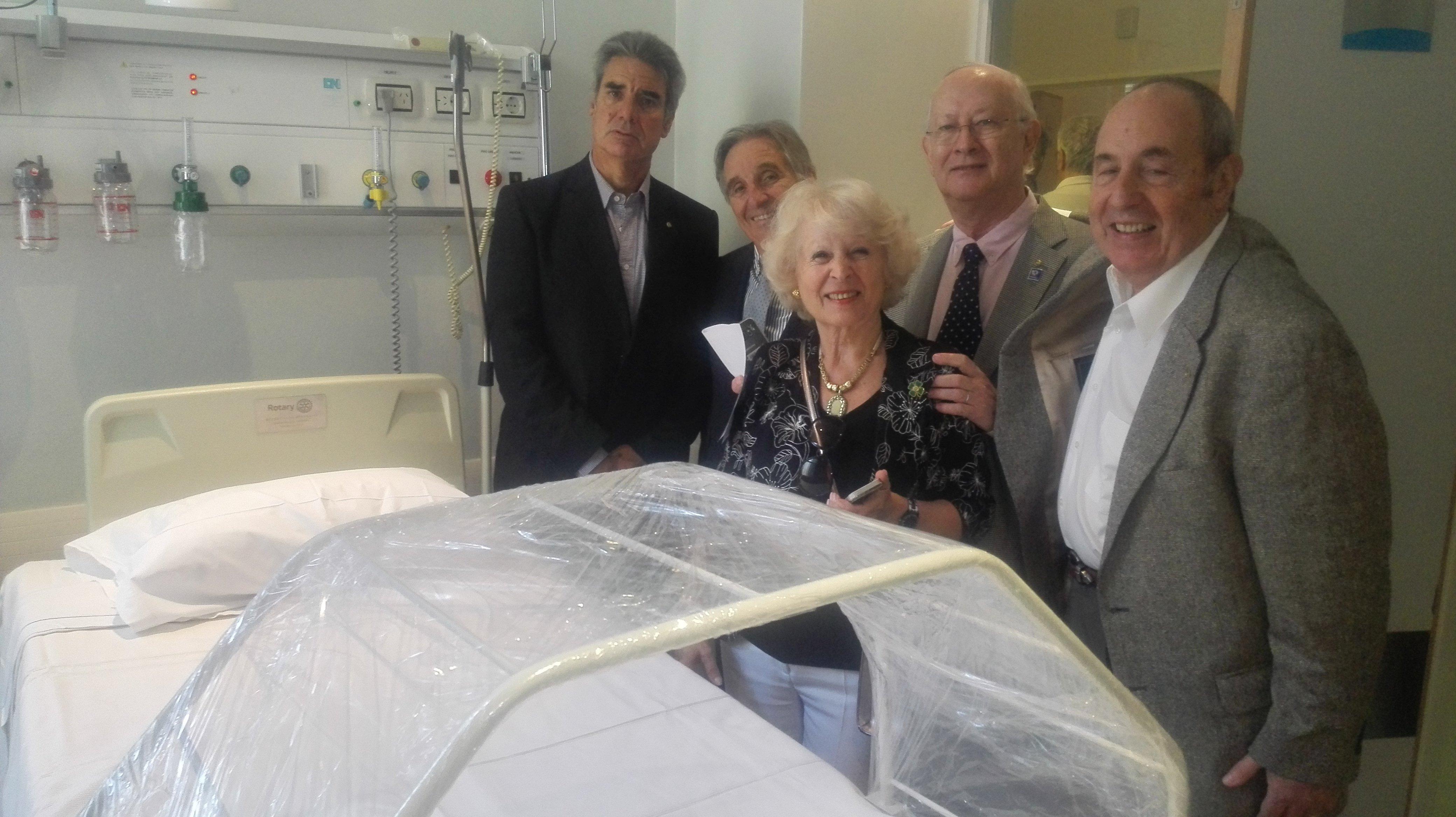 Don lits Hôpital Pirovano RC Bordeaux photo groupe