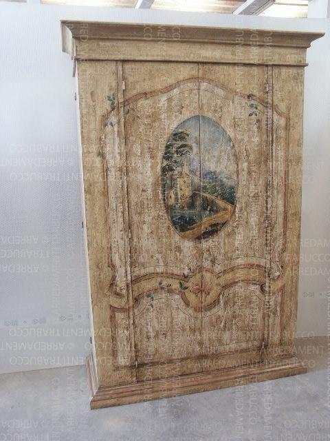 Armadio avorio con decorazioni e dipinto fiorentino