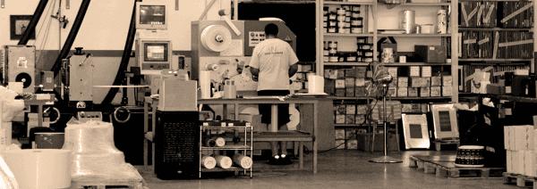 produzione di etichette adesive