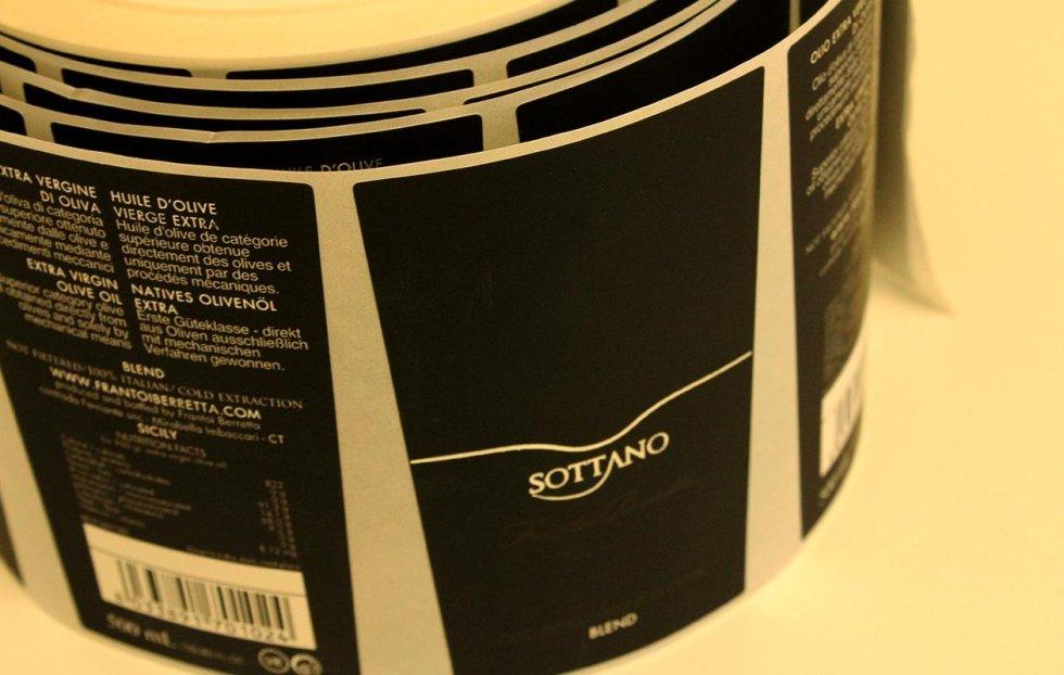 stampa di etichette per vino