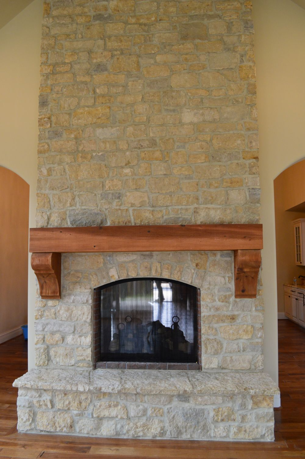 Natural Thin Cut Stone – front view of project