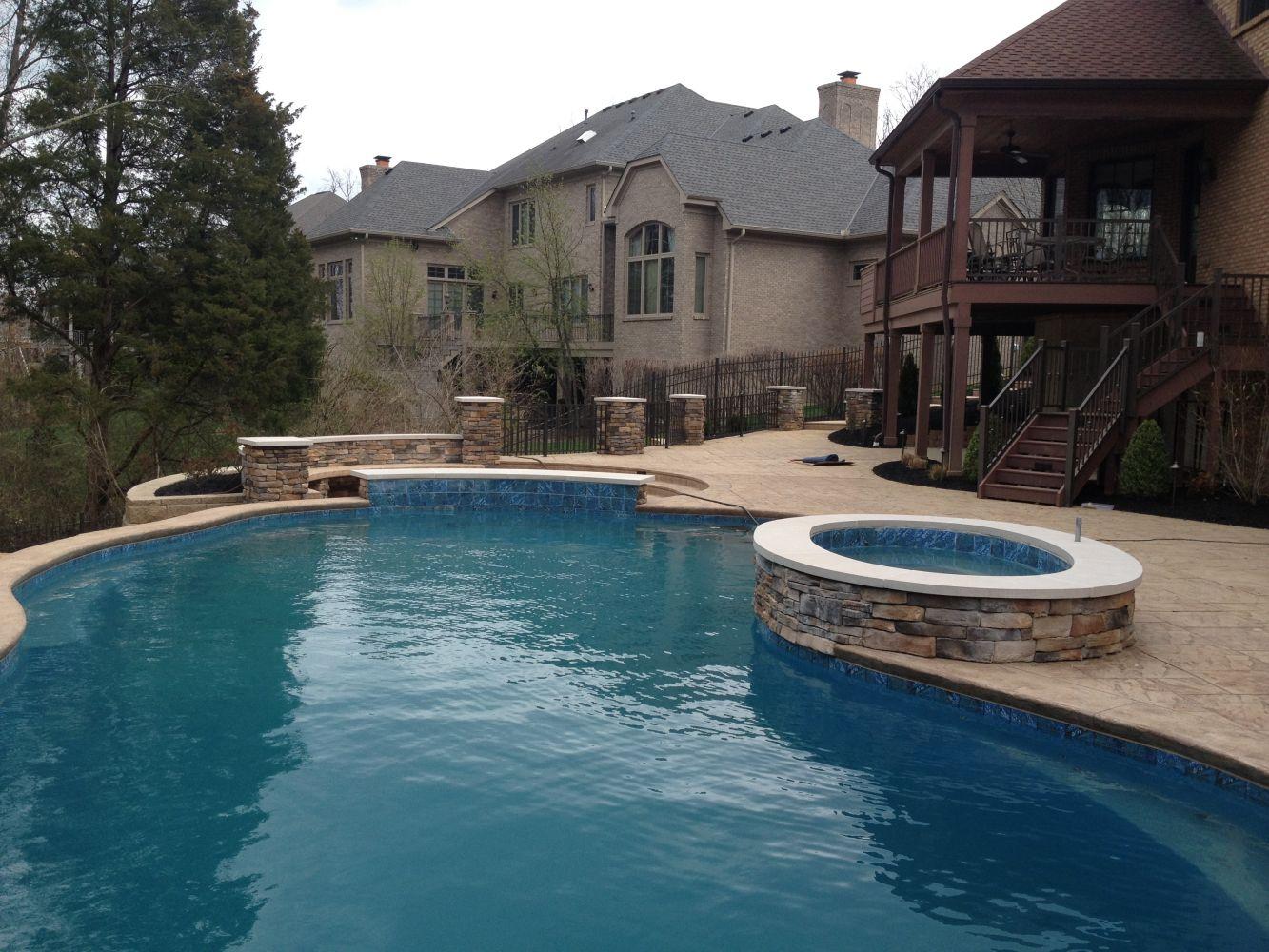 Cultured Stone – swimming pool