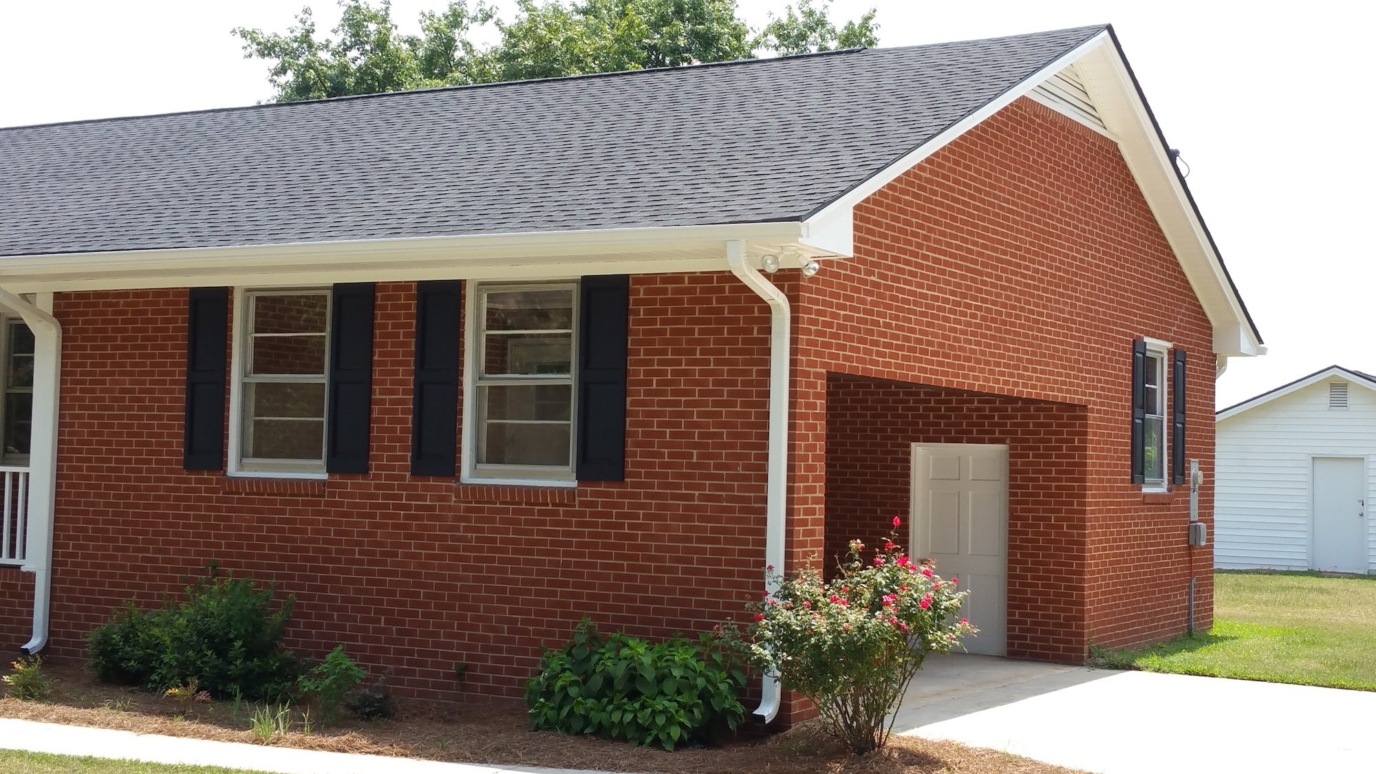 Residential Roofing Contractors Hand Nailed Shingles