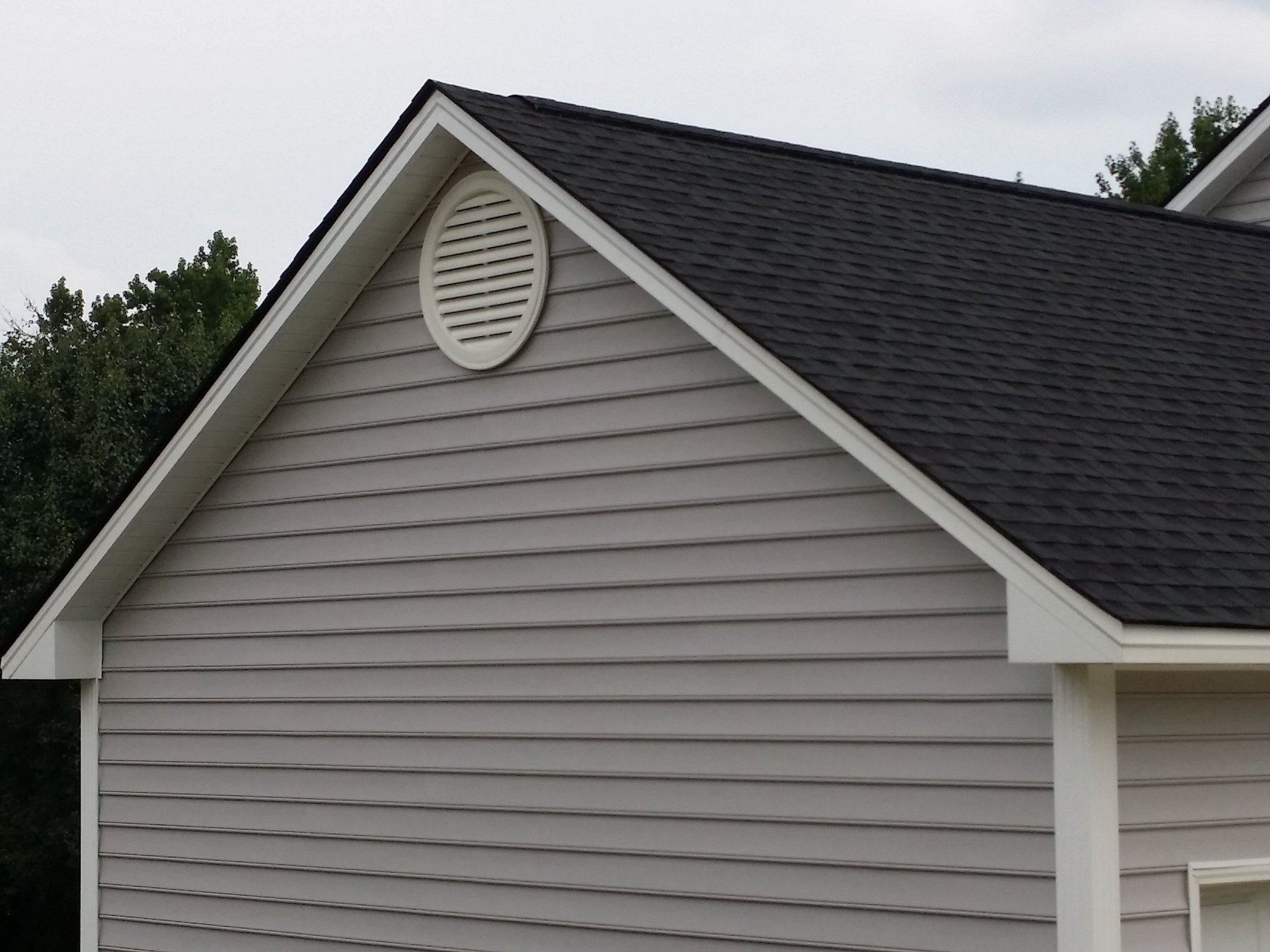 siding installer installation