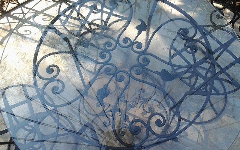 tavolini in ferro e vetro