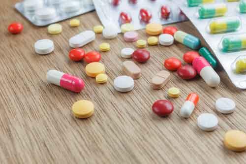 Medicine e pastiglie alla Farmacia San Francesco Dott.ssa Anna Basilico a Lanciano