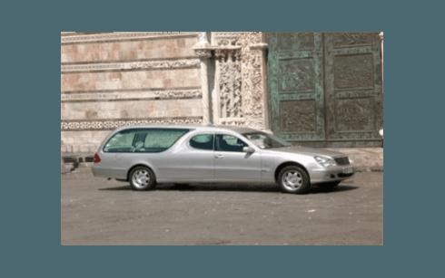 Carro funebre per funerali