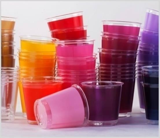 Bicchieri in plastica coloprati