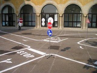 percorso educazione stradale tradate (12).JPG