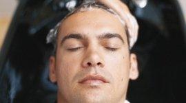 smalto semi permanente, servizi estetici, manicure