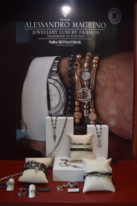braccialetti uomo in vari materiali