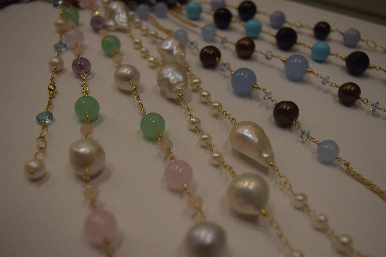bracciale con perle di vario colore
