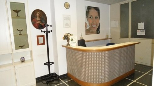 reception studio dentistico