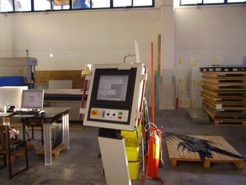 pulsantiera del macchinario per taglio laser