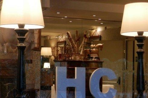 hotel-carrara
