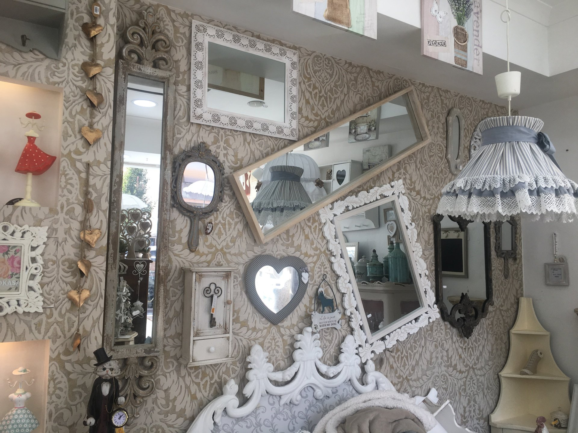 Vendita arredamento shabby roma la petite maison di ivano guadagno - Permuta mobili usati ...