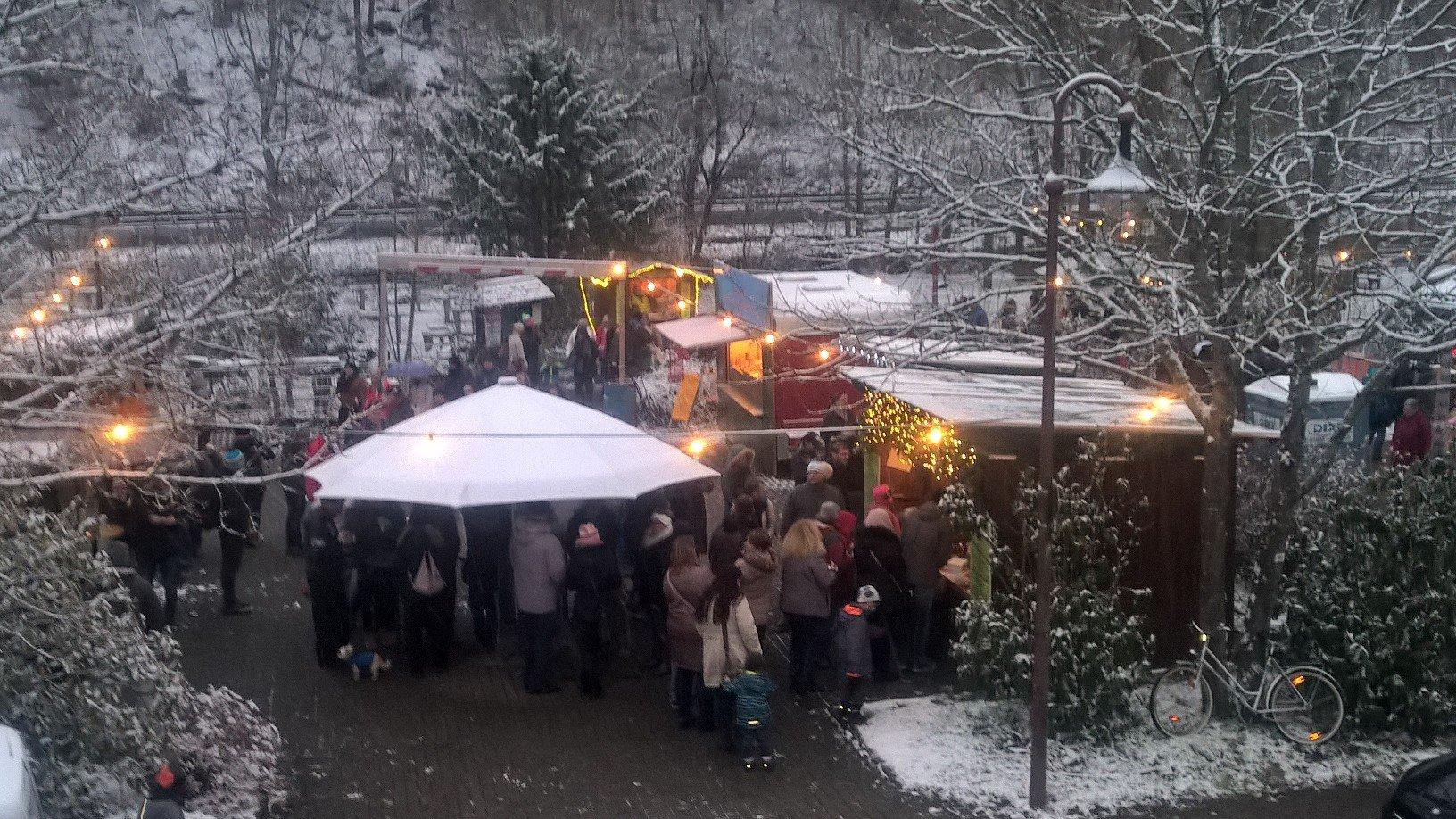 Aufenthalt auf dem Weihnachtsmarkt Elmstein
