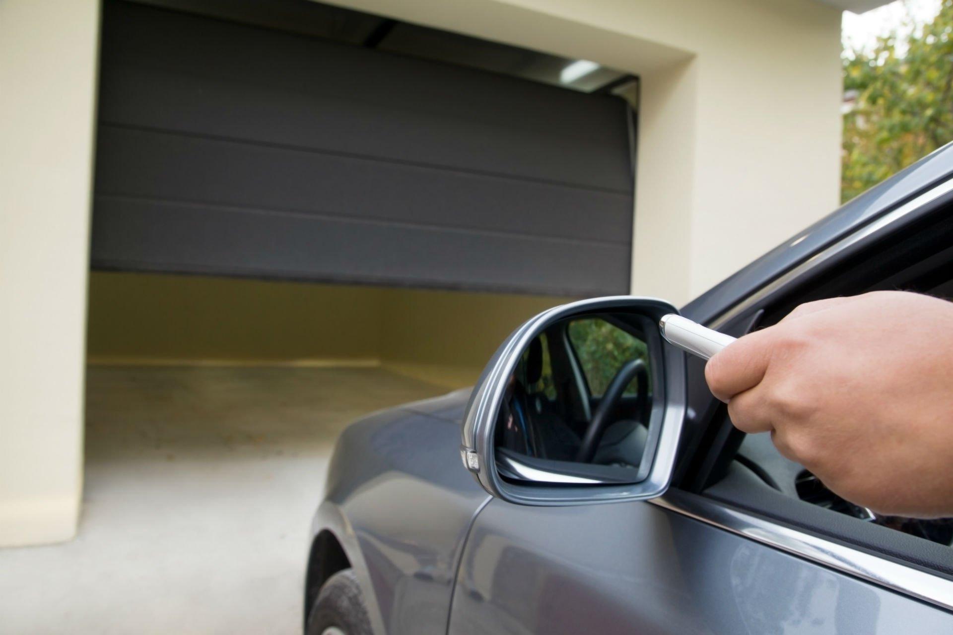 apertura garage automatico