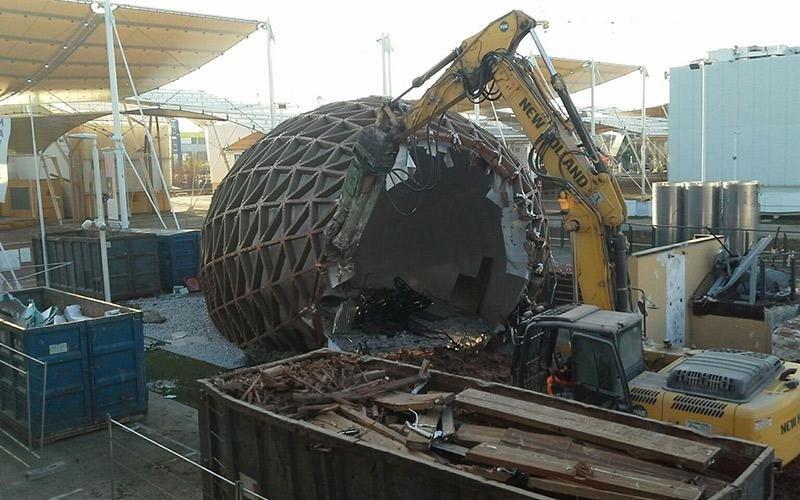 Demolizione padiglioni Expo