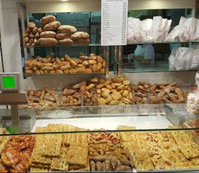 bancone del pane