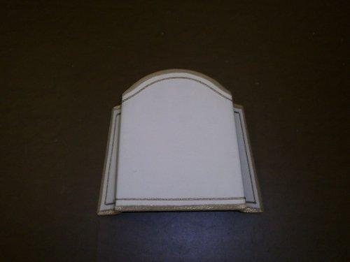 lampadina da parete con ornamento