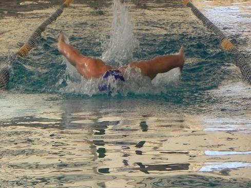 Nuoto in diversi stili