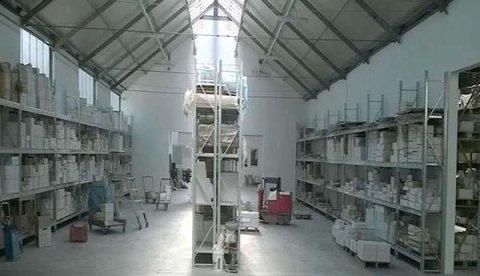 Scaffalature metalliche pesanti per magazzini