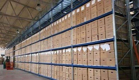 Scaffale pesante per magazzini e depositi